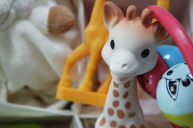 Sophie la girafe toxique moisie